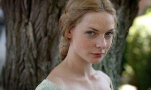 Rebecca Ferguson as Elizabeth in The White Queen