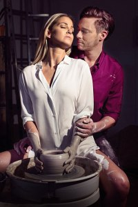 ghost-the-musical-uk-tour-optimised-sarah-harding-as-molly-and-andrew-moss-as-sa